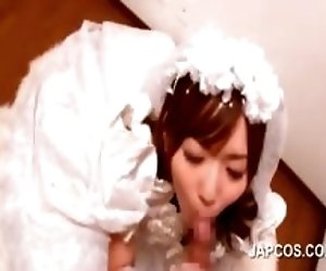 Asian bride sucking loaded...