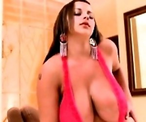 Huge Boobs Chubby webcam show